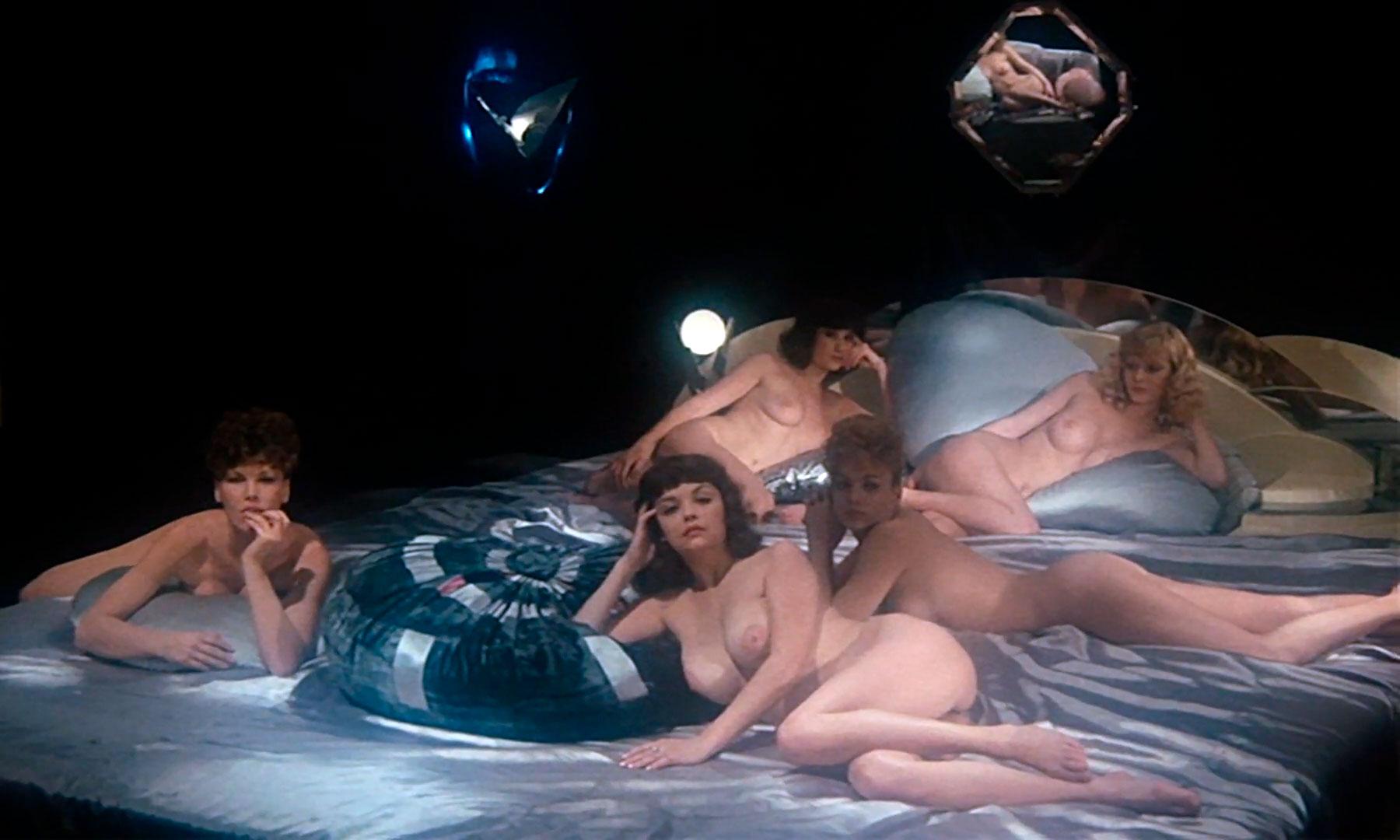Спермула / Spermula (1976 Чарльз Мэттон)