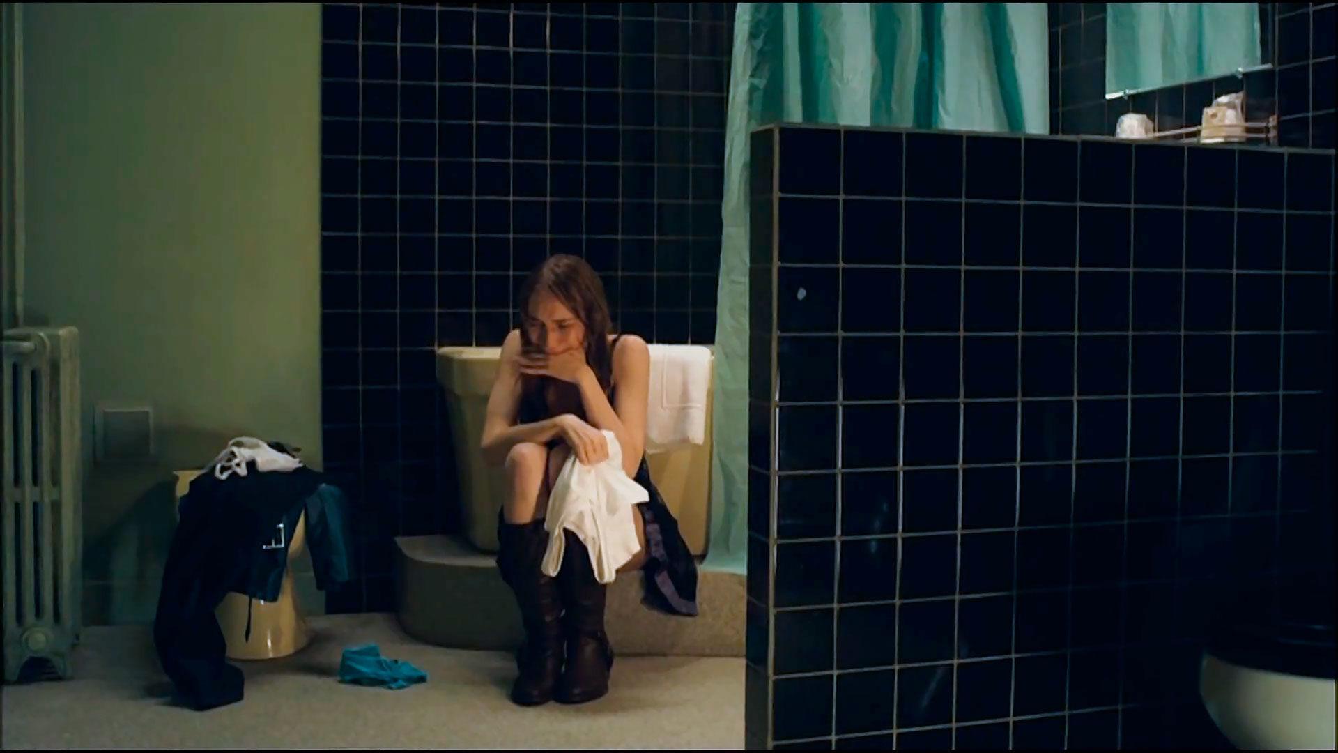 Студентка по вызову / Mes chères études / Student Services (2010 Эмманюэль Берко)