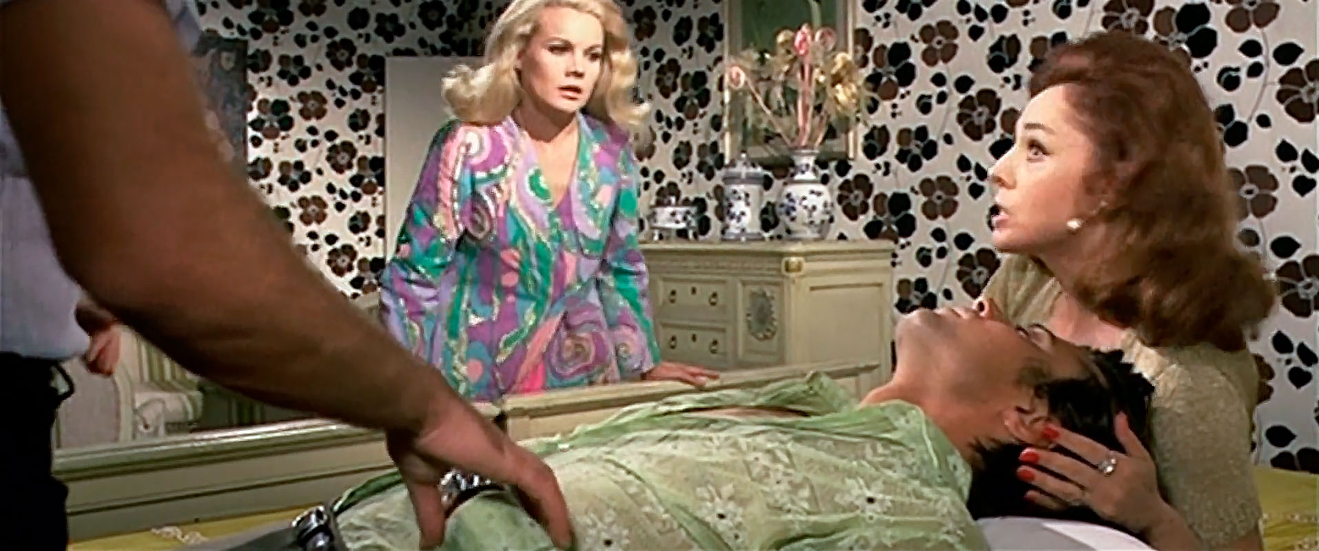 Паранойя / Тихое место для убийства / Paranoia / A Quiet Place To Kill (1970 Умберто Ленци)